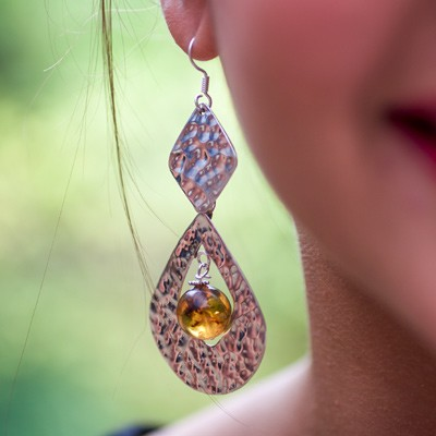 Chez Nicole Boutique - Amber and hammered silver earrings