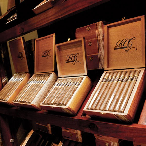 Chez Nicole Boutique - Products - Cigars